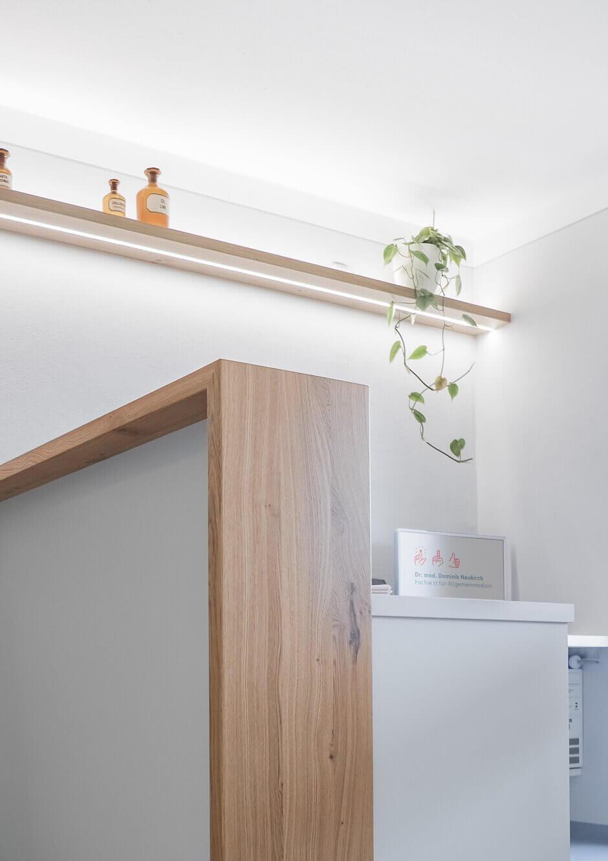 Rezeption Möbelgestaltung und Innenarchitektur für Praxis Dr. Neukirch