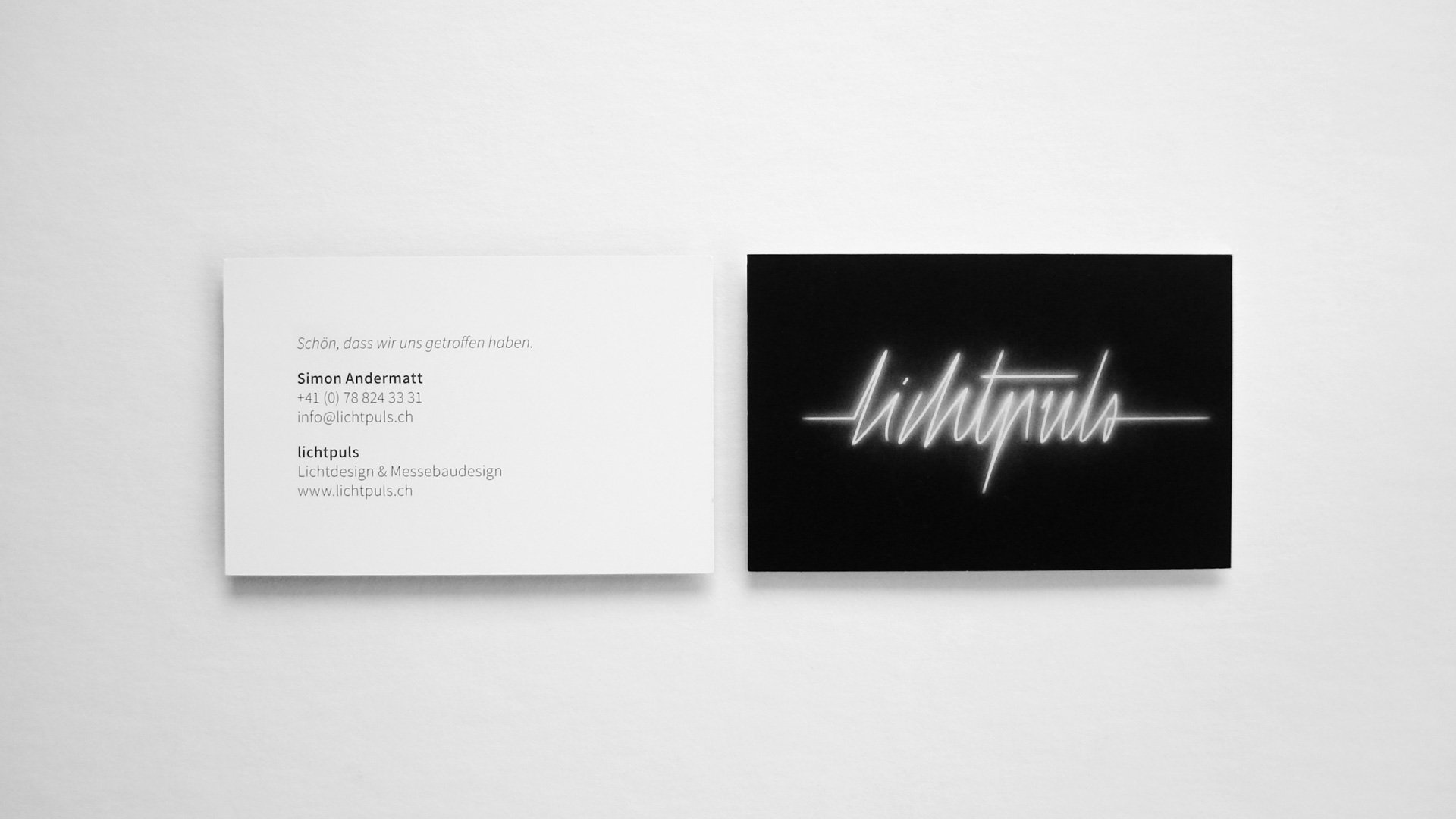 lichtpuls Corporate Design: Logo und Visitenkarte